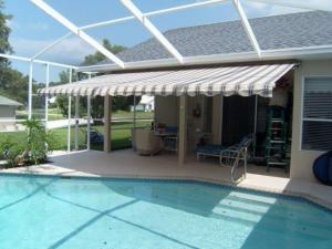 RETRACTABLE AWNING PRISTINE PLACE
